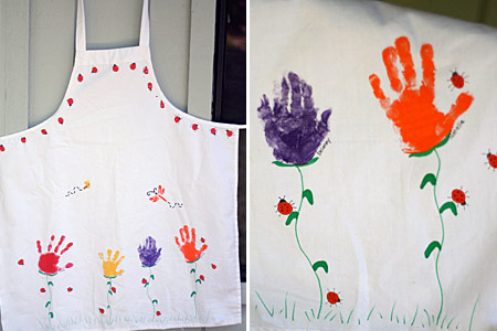 http://lets-explore.net/blog/wp-content/uploads/2008/05/apron.jpg